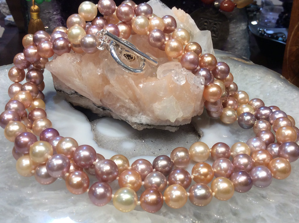 3 strand Natural multicolor pearl necklace  stunning!!
