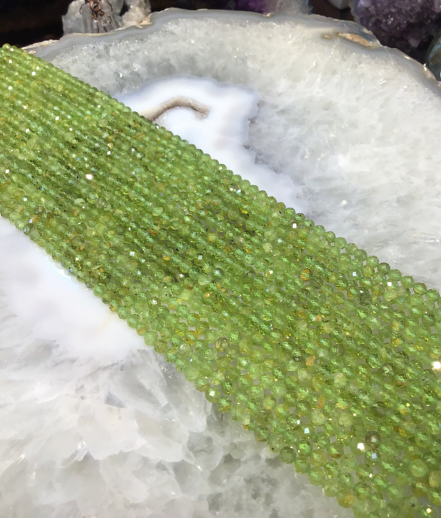4mm Peridot faceted gemstone beads