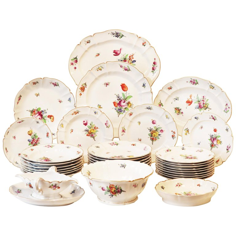 Dinner Service, 19th Century Porcelain, German, Hand-Painted with Flowers Décor