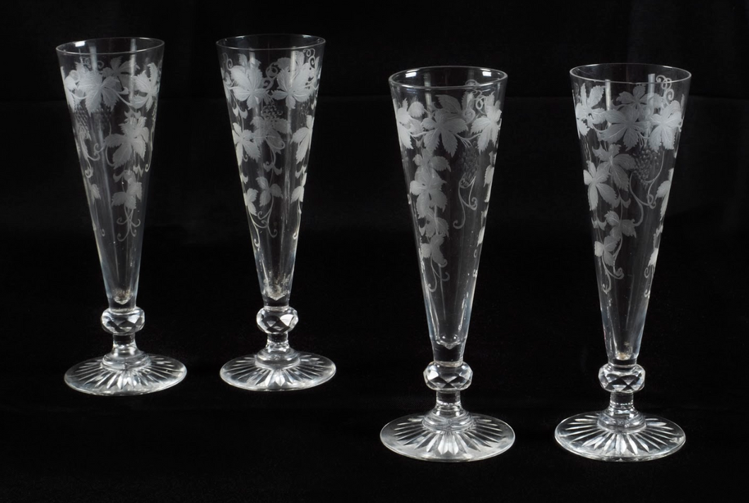 Set of 4 Champagne Flutes Hand-Engraved Crystal, France Early 20th Century