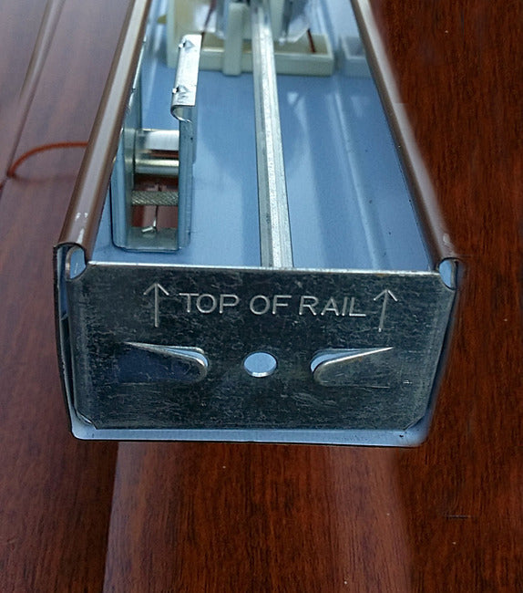 Blind Top Rail Cap P812
