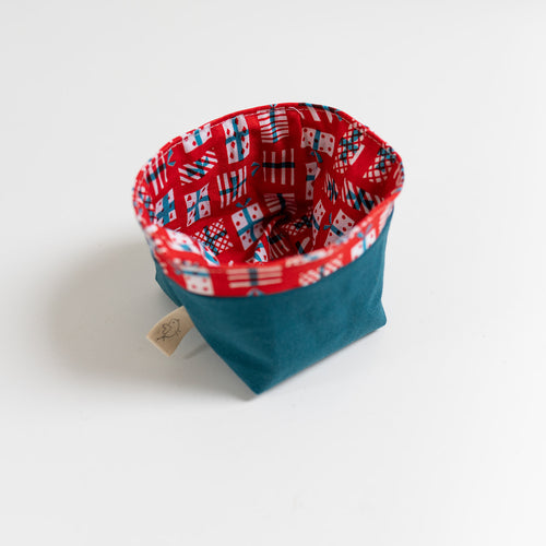Reusable Fabric Bin - Presents