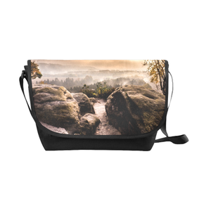 Rocky Mountain Saddle Purse