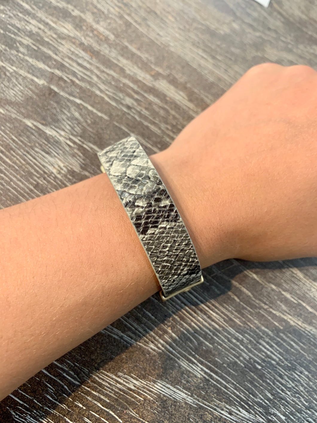 Magnetic Black Snake Print Faux Leather Bracelet with Gold Chain