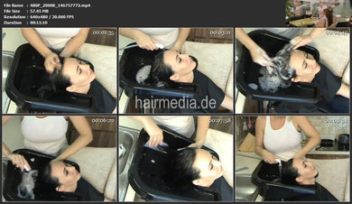 9145 US mobile sink at home shampooing by hairdresser