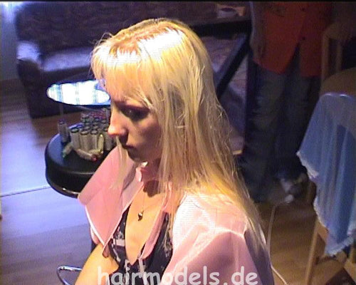 h064 Monika and sister Katharina home wetset 32 min video for download