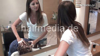 370 SarahLG 3 forward hair wash in salon by Carolina in short pants jeans