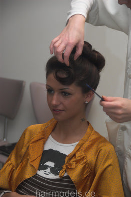 667 Mila Berlin 2 set, tease and updo, beehive 31 min video for download