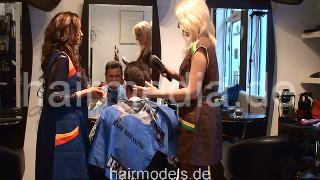 263 4-hand male client salon hairwash and 8-hand massage by barberettes