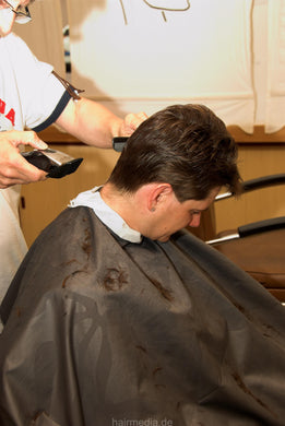 8071 Dina 2 cut and buzz by old barber in barbershop between the men