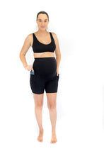 Load image into Gallery viewer, Emama Maternity Bike Shorts + Pockets - Black