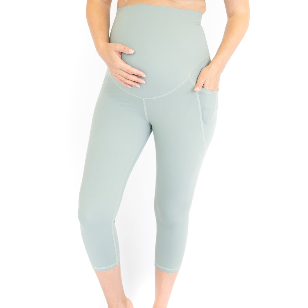 3/4 Maternity Leggings + Pockets - Spearmint