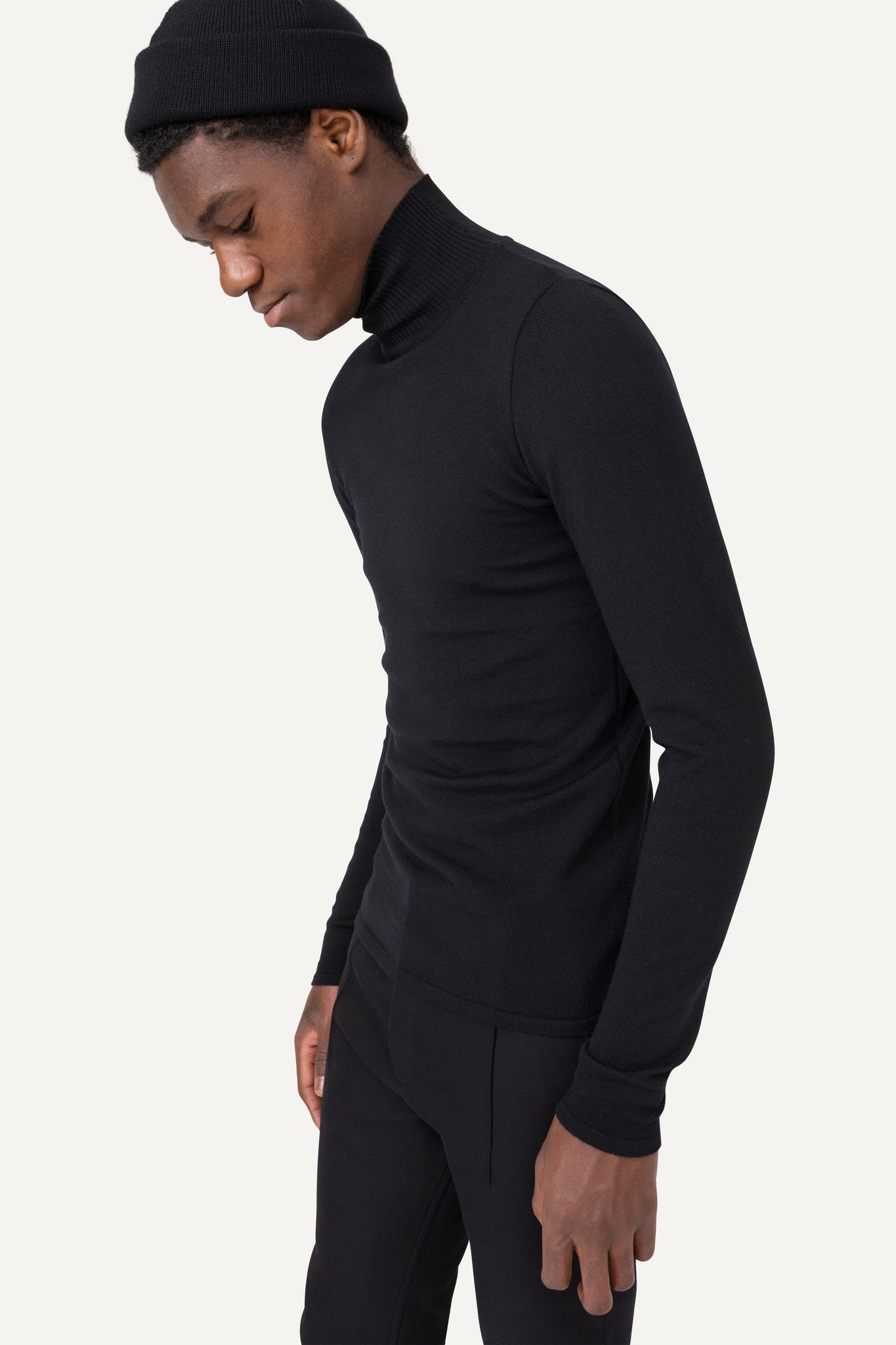 504 LOW TURTLENECK