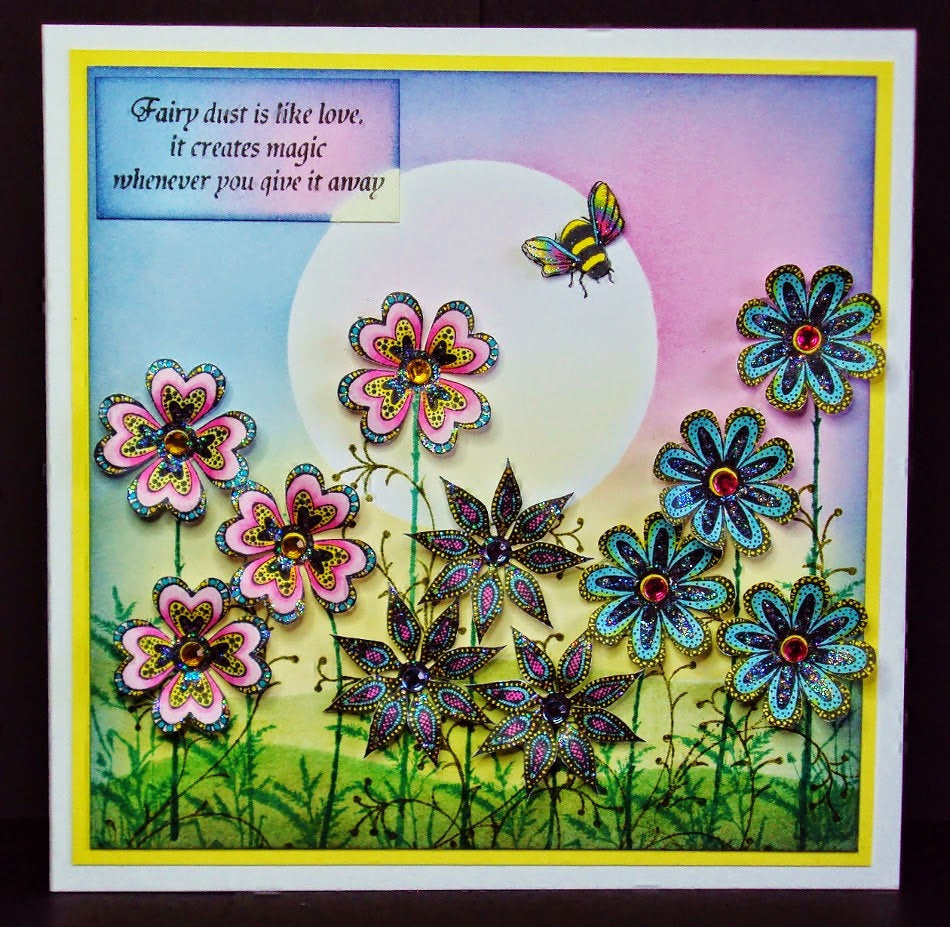 Bee (Miniature) by Lavinia Stamps LAV132 Artist Tracey Dutton available at Del Bello's Designs