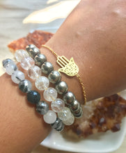 Load image into Gallery viewer, Dainty Hamsa Hand Bracelet
