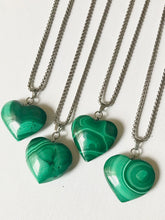 Load image into Gallery viewer, Malachite Heart Necklace