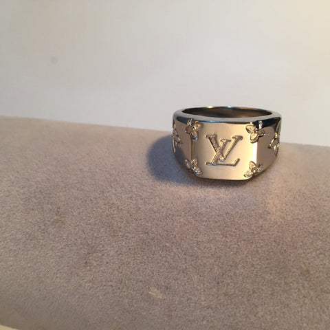 Supply Bloq Silver LV Ring