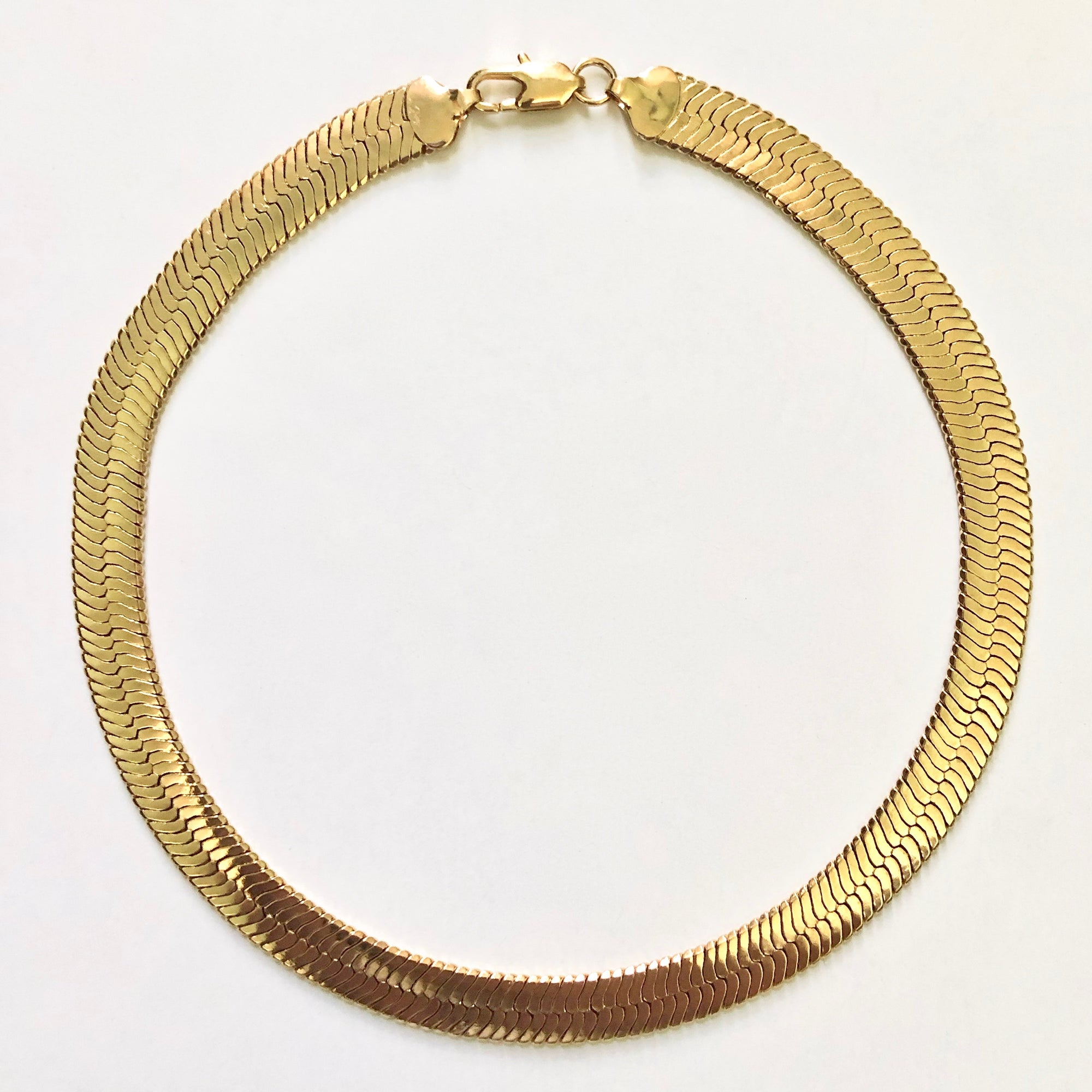HAILEY THICK HERRINGBONE CHAIN NECKLACE, SHORT - GOLD