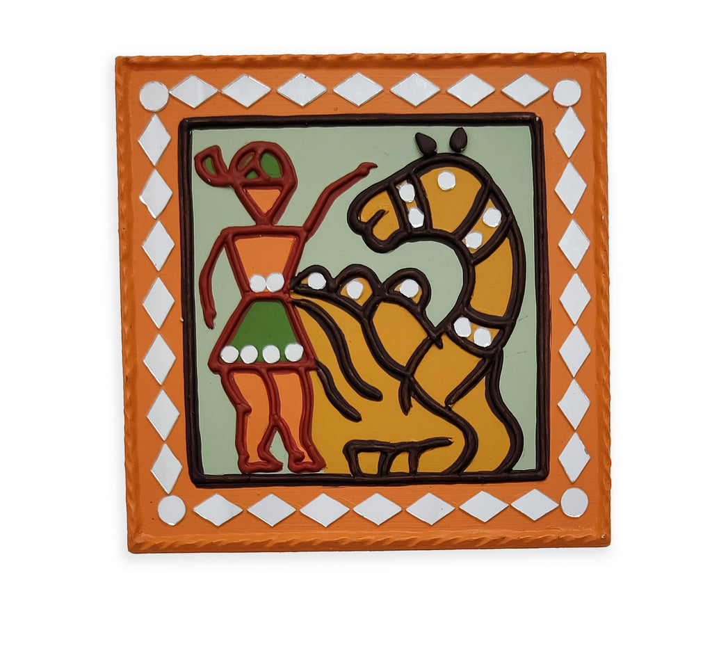 WALL HANGING - 7x7 In - A Kutchhi Lippan Kam ( Mud Art Handicraft)