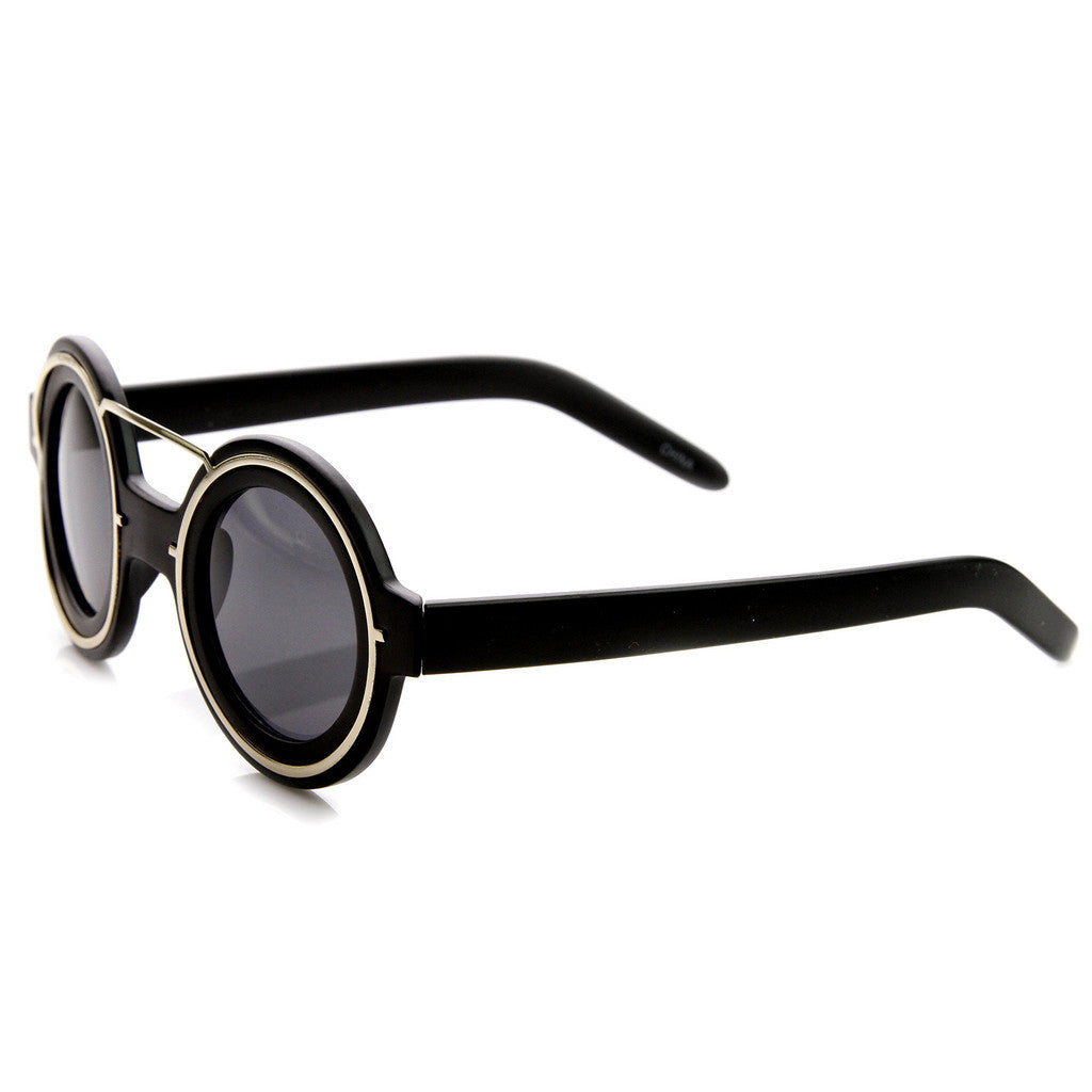 TRES CHIC SUNGLASSES