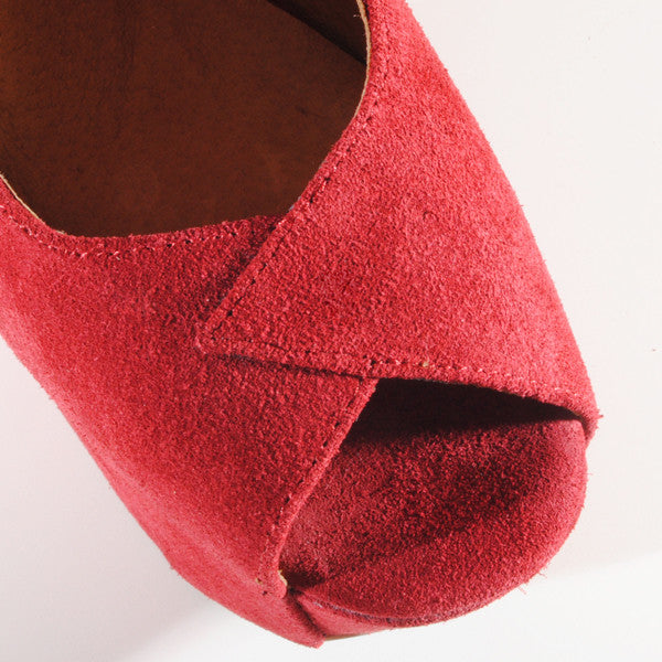 Jeffrey Campbell TWILIGHT Heelless Platform in Red at FLYJANE