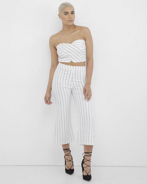 STRIPED FROM THE HEADLINES Culottes Pant Set at FLYJANE | Lucy Paris Striped Pant Set | White and Black Striped Crop Top and Matching Culottes | @FlyJane on IG