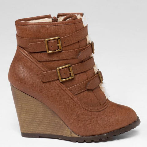 Qupid SOOKIE-02 Shearling Boot at FLYJANE