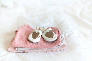HOW TO CREATE A CAPSULE WARDROBE FOR YOUR BABY