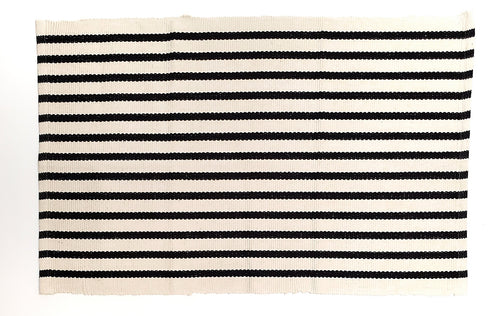 Off white stripe under mat