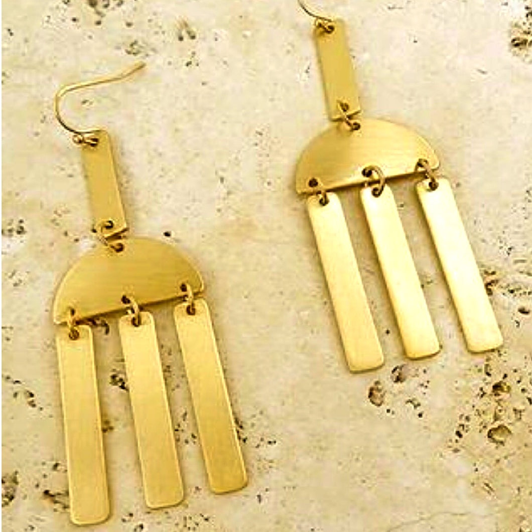 Gold Dangling Earings