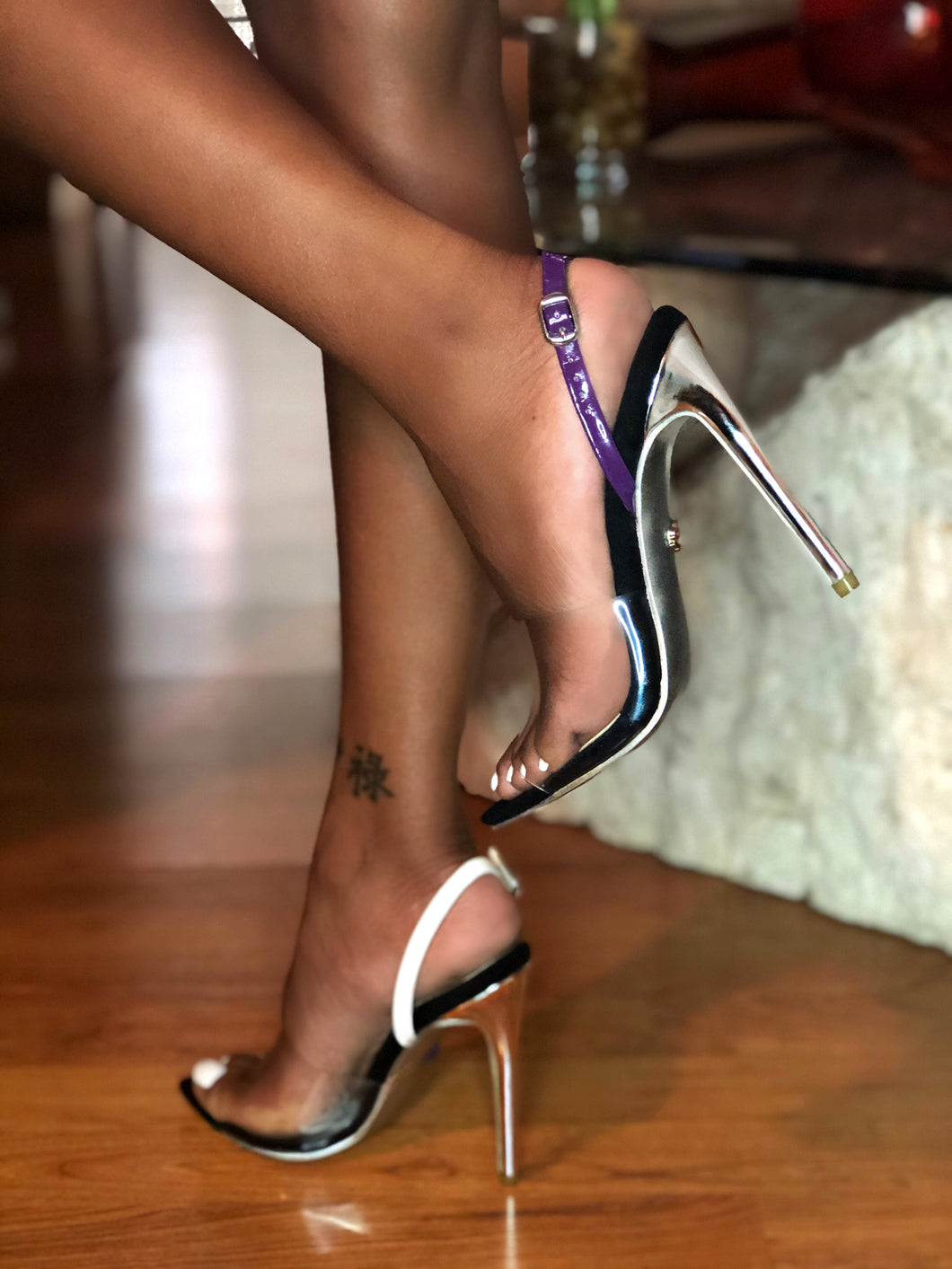 SybG black heels shoes