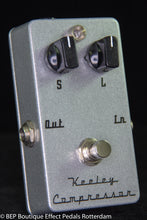 Load image into Gallery viewer, Keeley Compressor 2 Knob s/n 35463 USA , famous users include Matt Bellamy MUSE.
