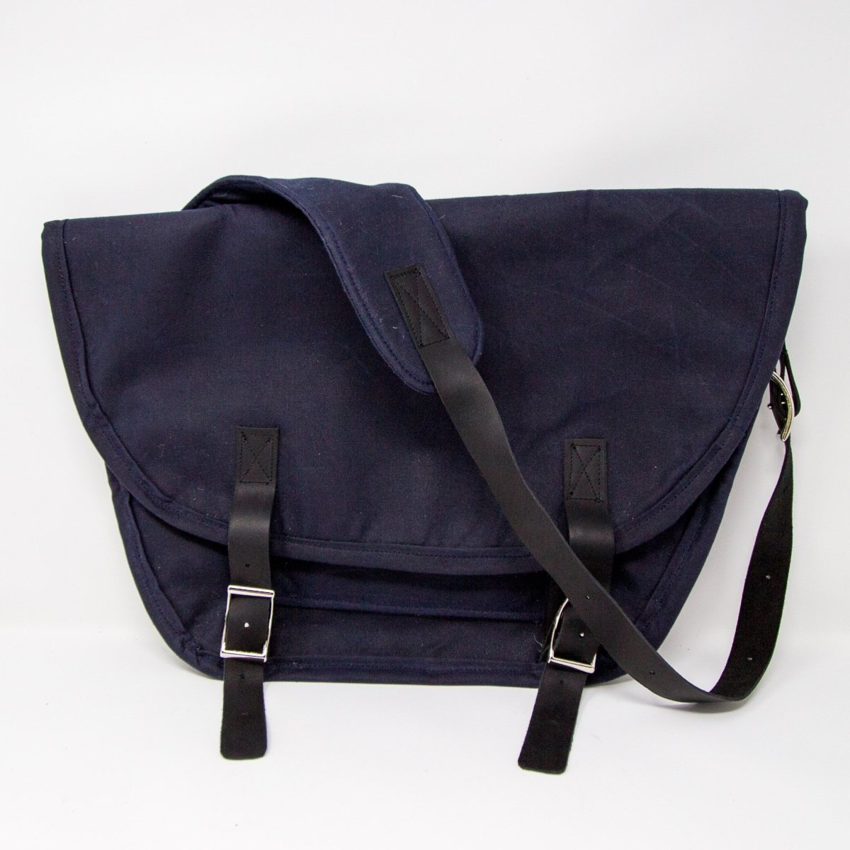 Waxed Canvas Commuter Bag - Wag Theory