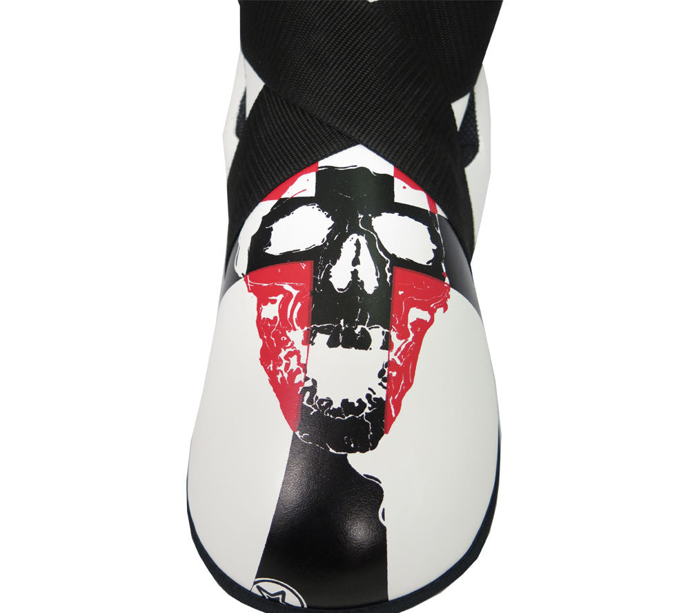 Top Ten SKULL Fighter Kicks - white/black/red