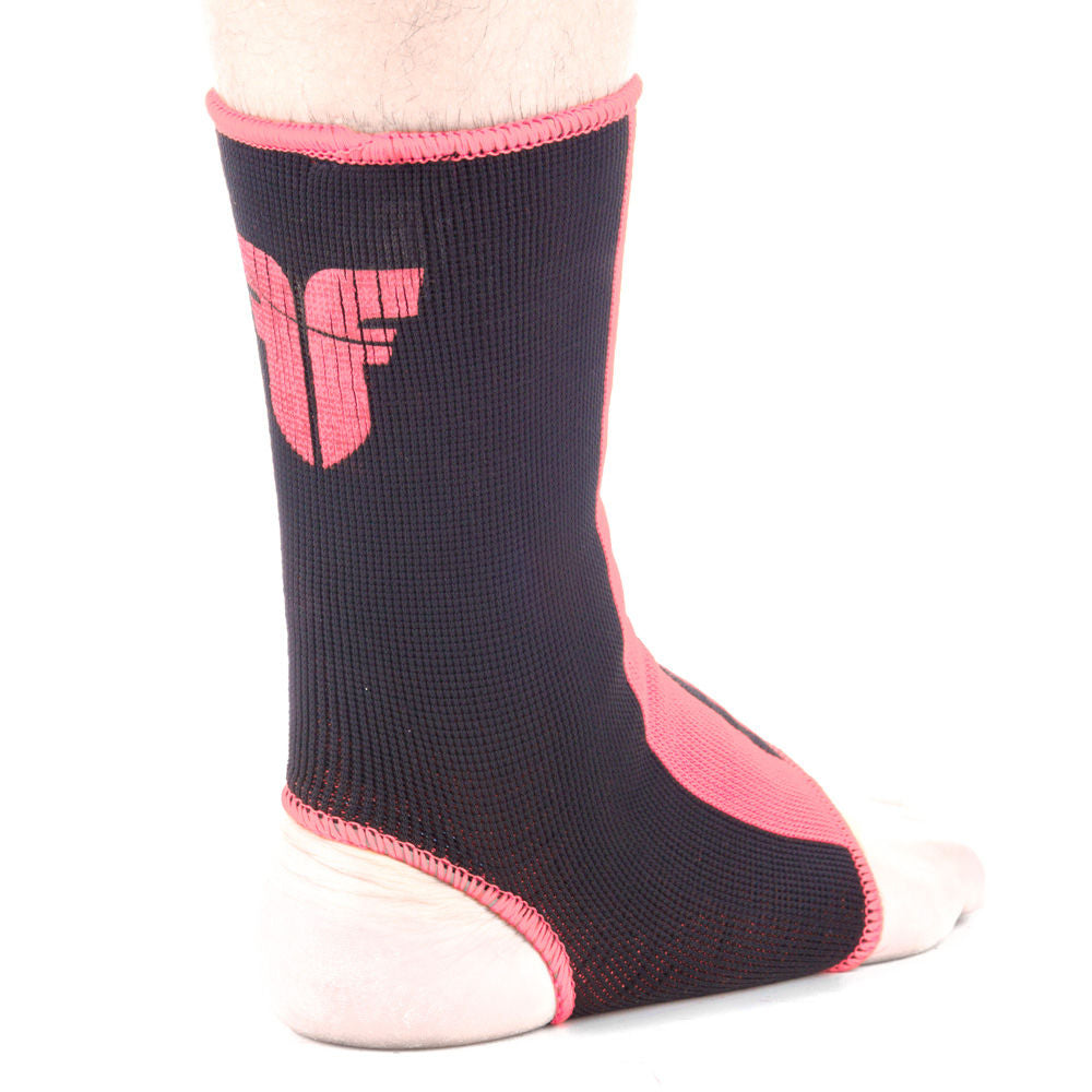Ankle Support Fighter - black/pink