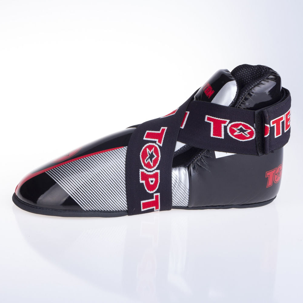 Top Ten Super-light Stars and Stripes Kicks - black/red/silver
