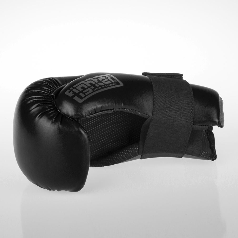 Fighter Strap Open Gloves - black