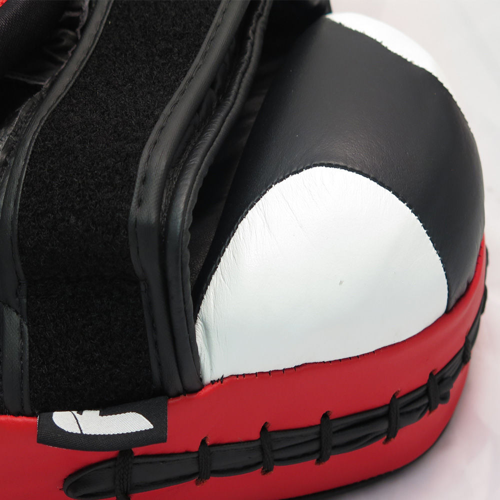 Fighter Medium Focus Mitts Leather - black/white/red