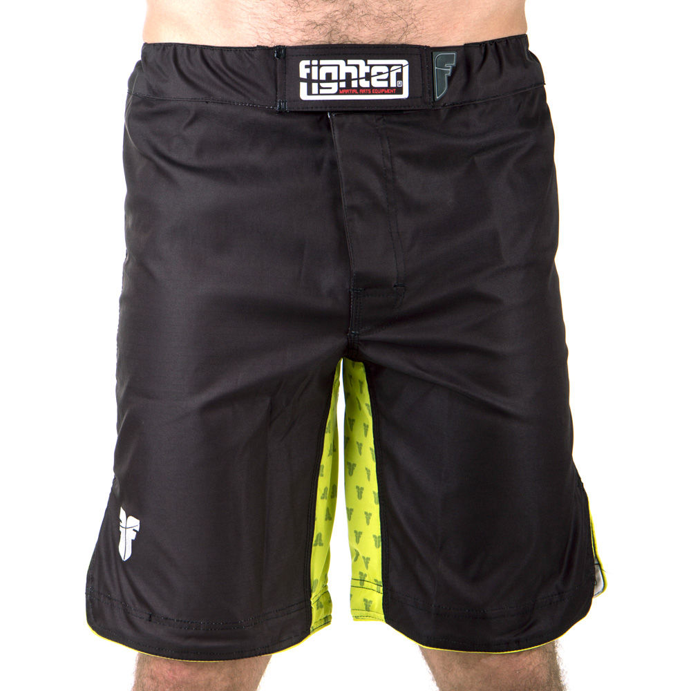 MMA Shorts Fighter STRENGTH - black/green