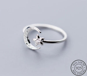 Anillo Moon & Star Ajustable, de Plata 925 Sterling y Zirconias.