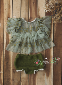 Baby newborn top, nappy cover, bow set, Vintage style, sage, olive, green pre order