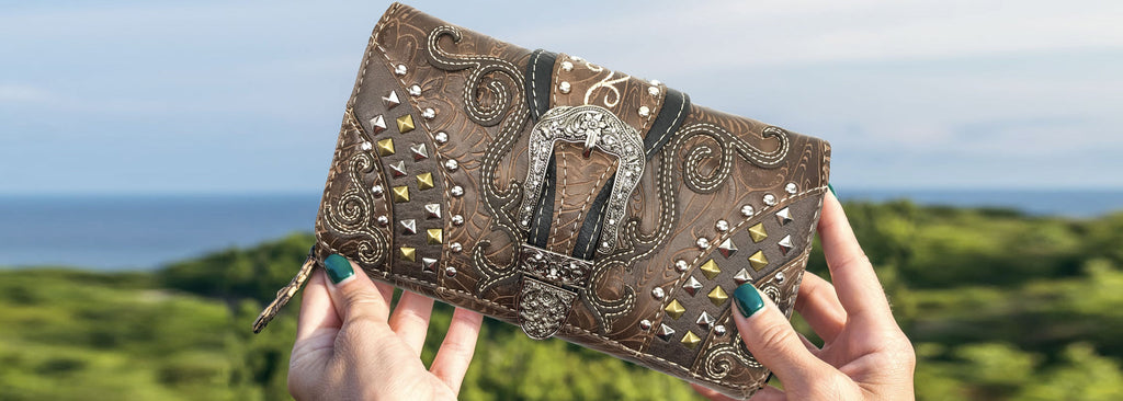 Justin West Concealed Carry Clydesdale Buckle Studded Tooled Trifold Wallet