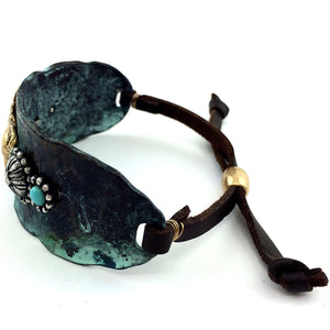 Western Hammered Plate Horse Concho Turquoise Brown Leather Cuff Bracelet