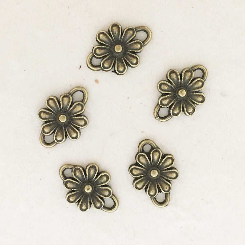 DAISY DOT CONNECTOR