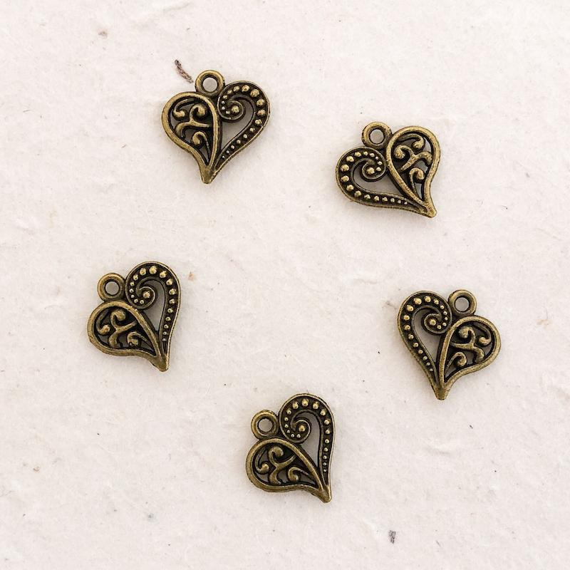 PAISLEY HEART CHARM antique brass