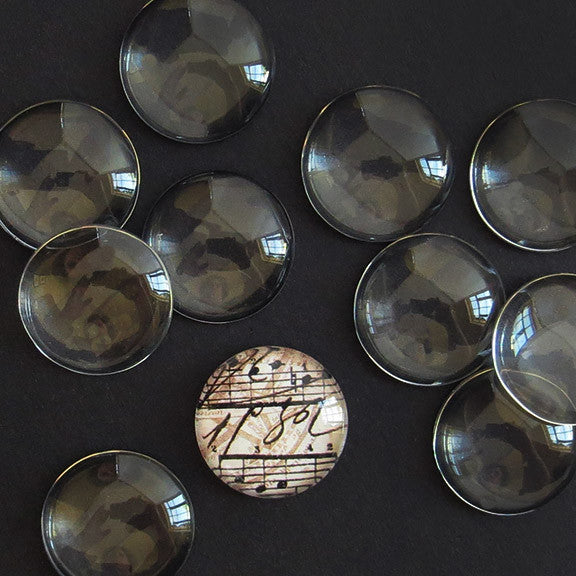 SMALL GLASS ROUNDS