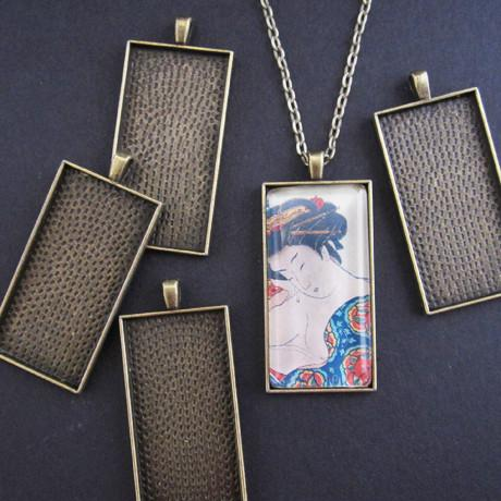 LONG RECTANGLE PENDANT