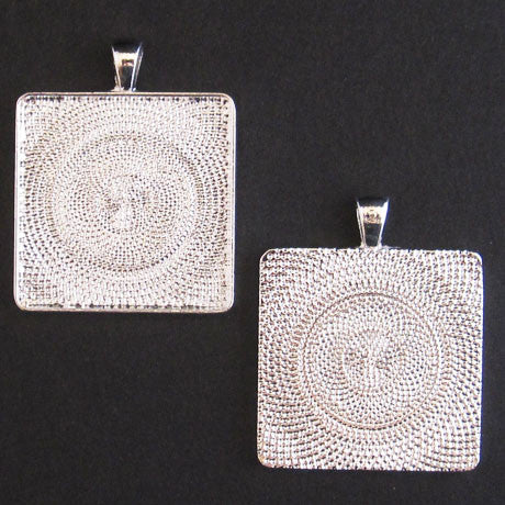LARGE SQUARE PENDANT TRAY silver
