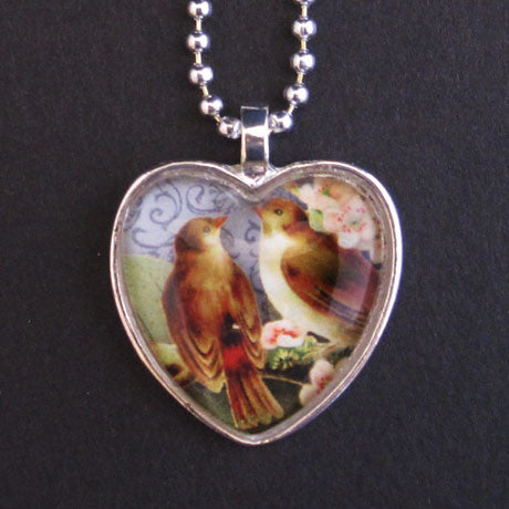 MEDIUM HEART PENDANT TRAY silver