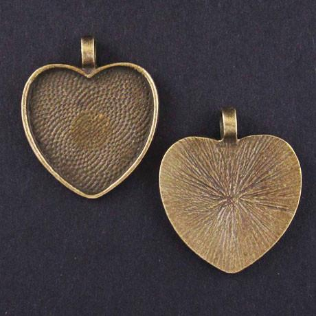 MEDIUM HEART PENDANT TRAY antique brass